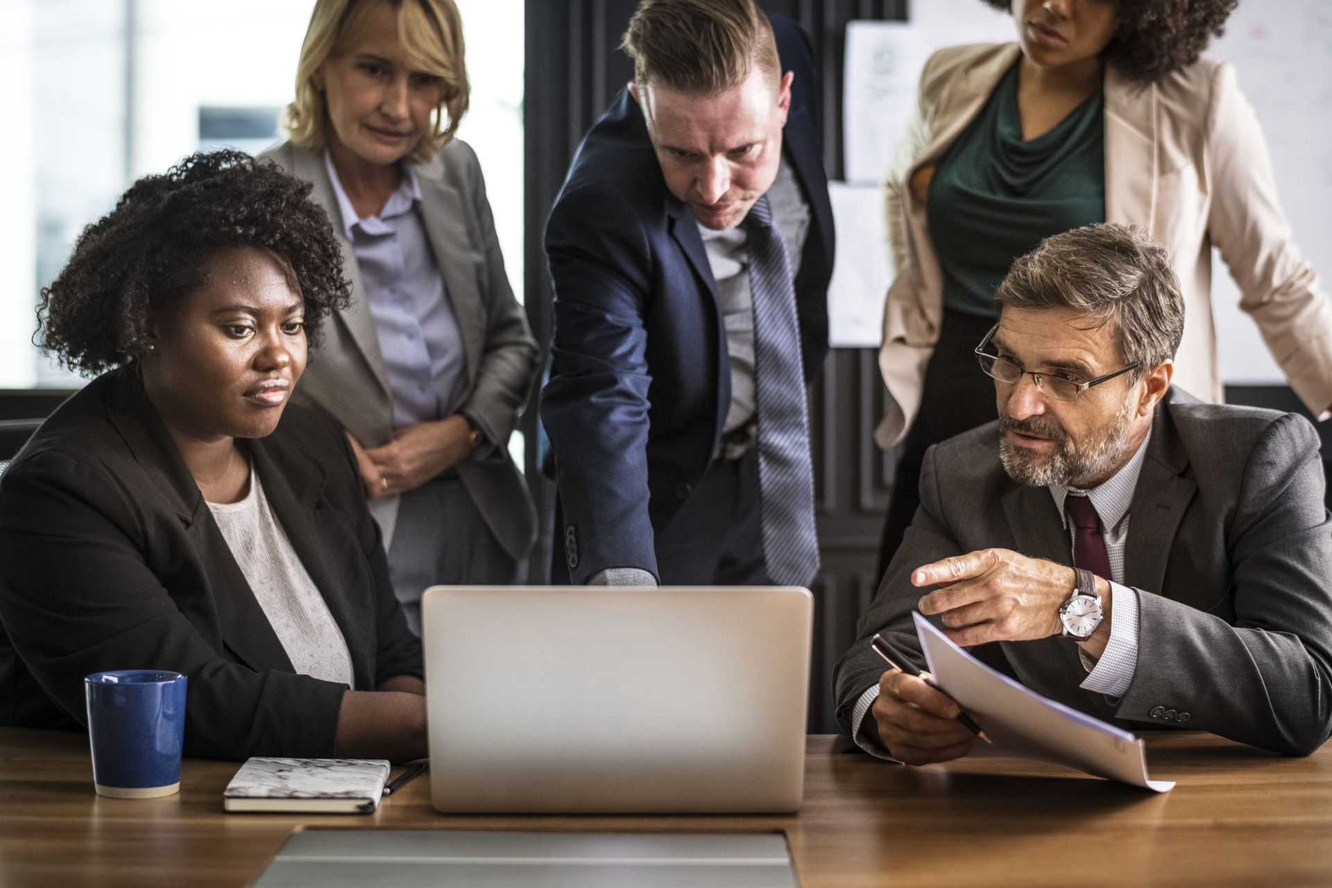 5 Tips to Successful Mentoring Program Implementation in Workplace