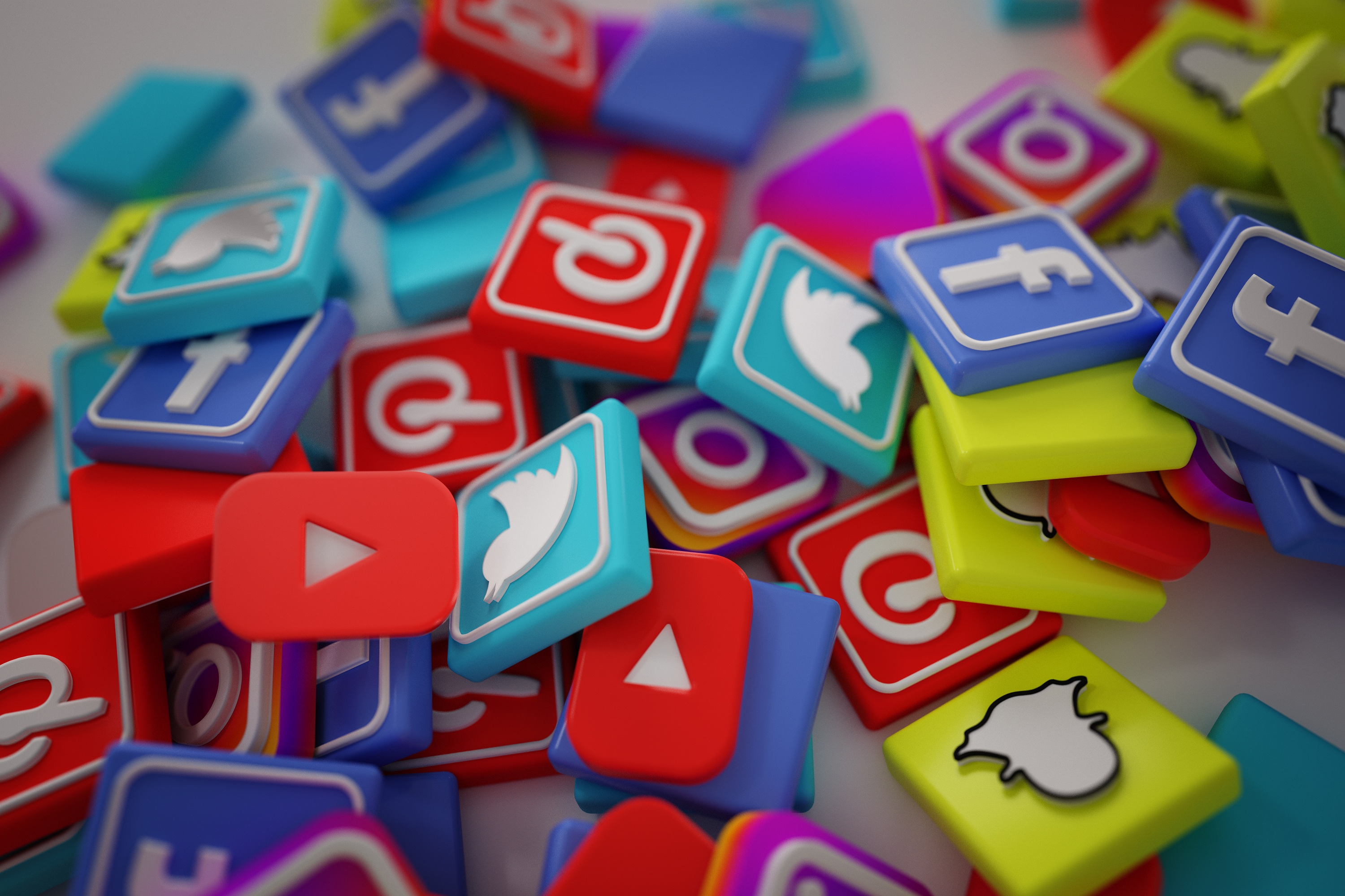 Common Mistakes Small Businesses Make in Social Media